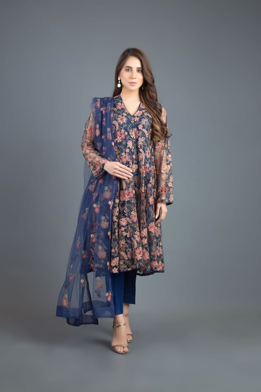 Bareeze BR-5025 Blue(Linen) Embroidered Three Piece Linen Collection