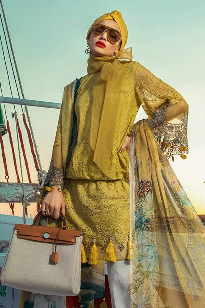 Maria B 2004B ChikenKari Eid Collection Embroidered Three Piece Lawn Collection