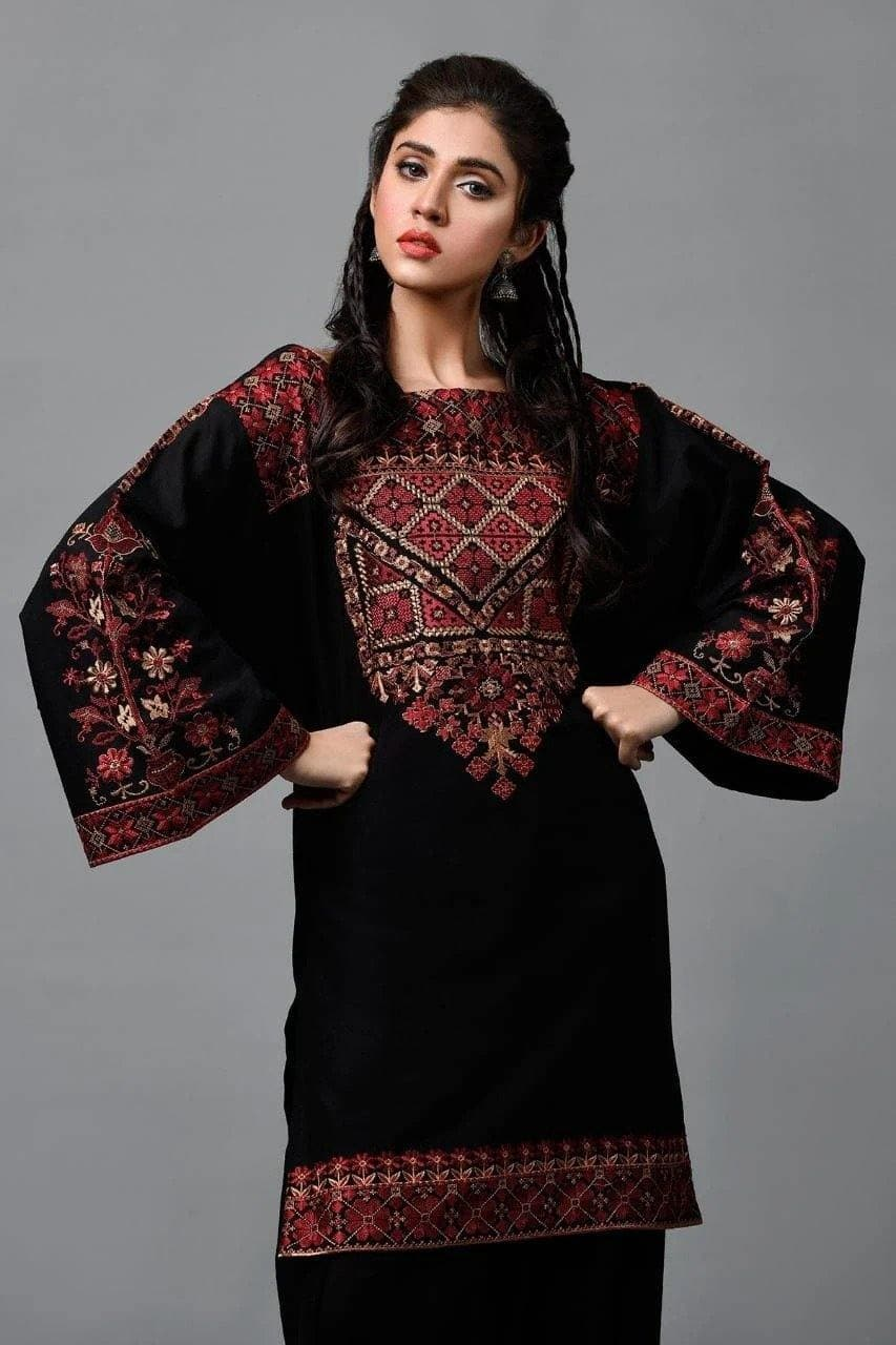 Kayseria KR-Black2Pc Embroidered Khaddar two piece Winter Collection