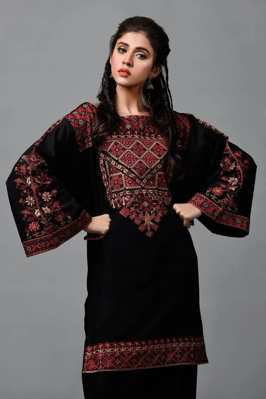 Kayseria KR-Black2Pc Embroidered Linen two piece Winter Collection