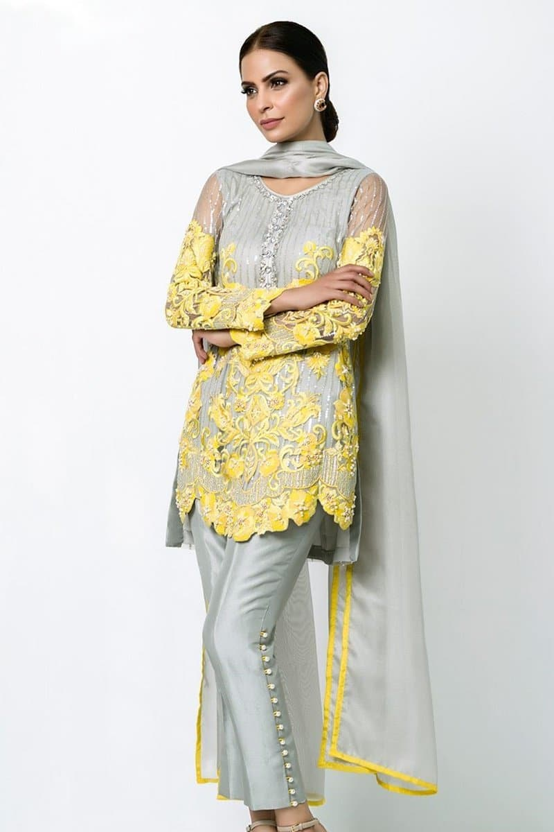 Nomi Ansari NA-3133 Embroidered two piece Lawn Collection