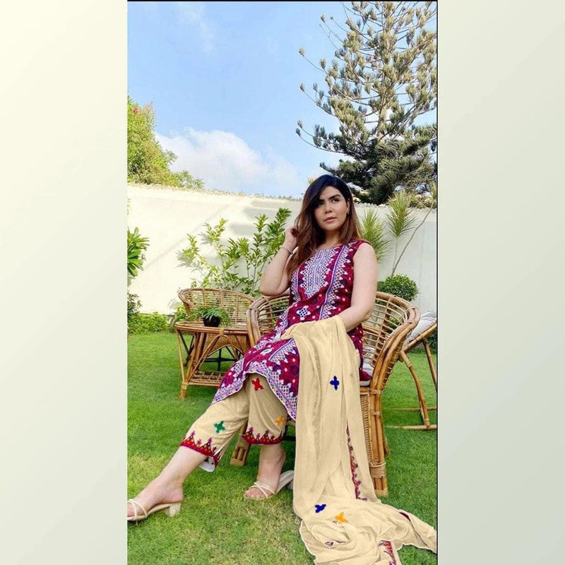 3 PCS MARIA.B EMBROIDERED LINEN SUIT WITH WOOL SHAWL DRESS CODE D-25 - Chenab Stuff
