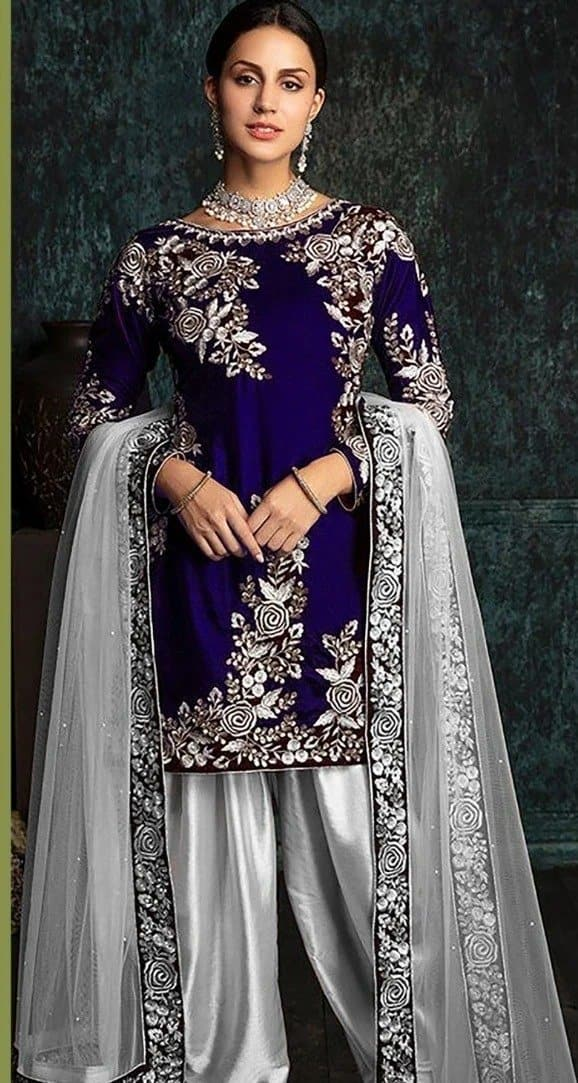 Zainab Chottani ZC-42 Blue Embroidered Velvet Three piece Winter Collection