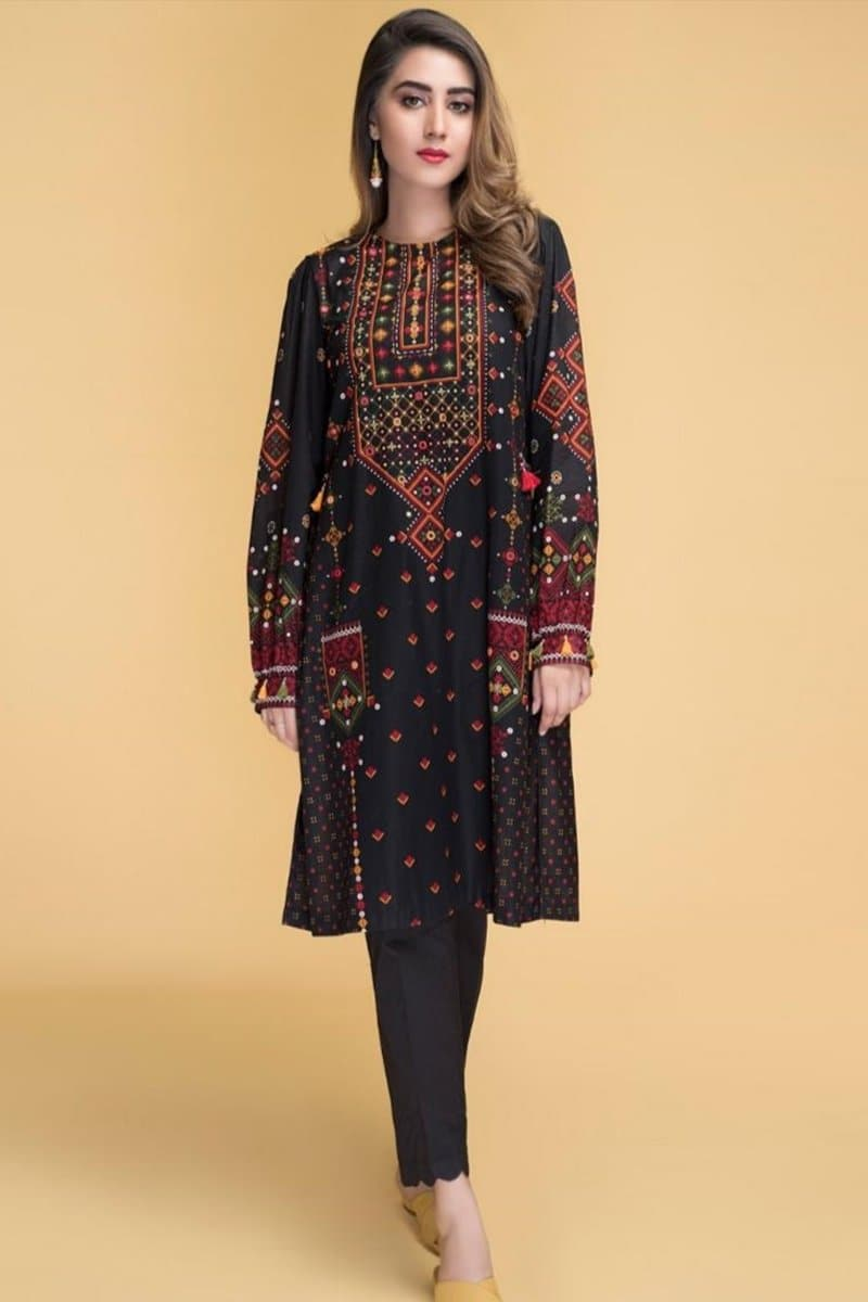 Kayseria KR-Black 2 c Embroidered Linen two piece Winter Collection