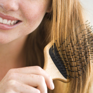 5 Best Herbal Oils For Hair Growth