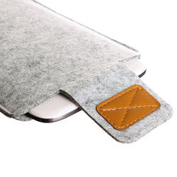 - Felt Wool Tablet Sleeve, Gray