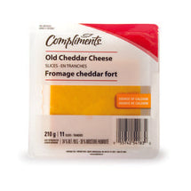 COMPLIMENTS, FROMAGE CHEDDAR FORT TRANCHE, 210G