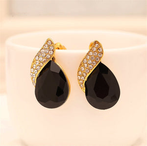 Exquisite Vintage Water Drop Earrings - Fashiozz