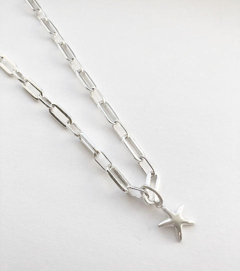 Chucky Chain Star Necklace