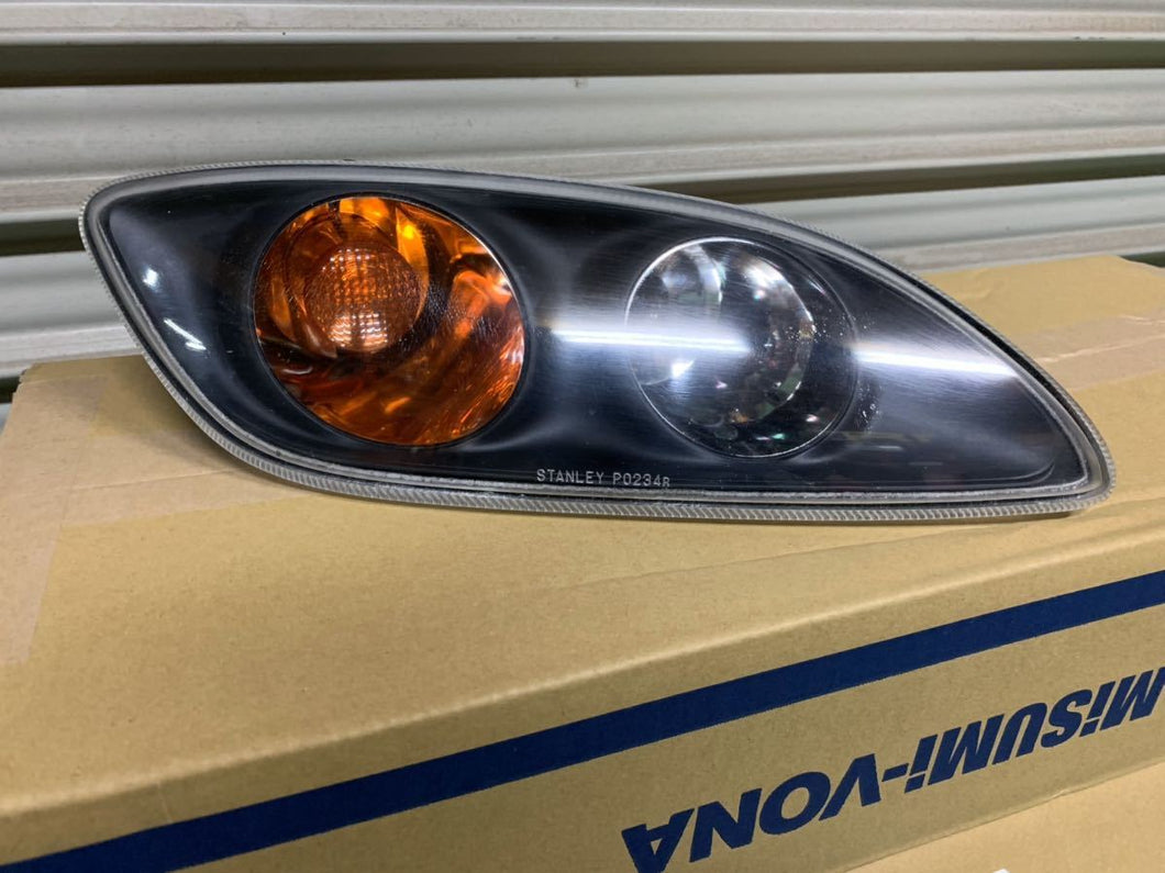 Mazda Series 8 Park Lights