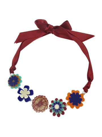 Three Dimension Daisy Statement Choker