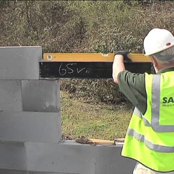 How to Install a Catnic Lintel