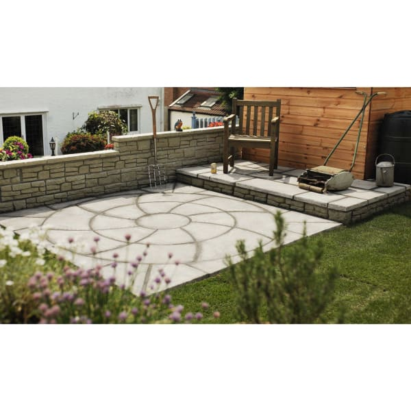 Cloister Catherine Wheel Paving Patio Kit 2.09m Weathered Slate-Landscaping-Bowland Stone-With Squaring Off Kit-Armstrong Supplies