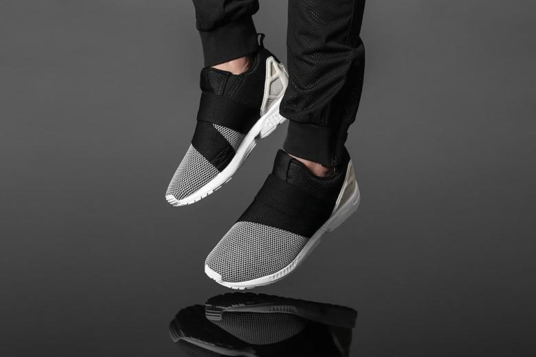 adidas Originals ZX Flux Slip On WhiteBlackWhite </p>                     					</div>                     <!--bof Product URL -->                                         <!--eof Product URL -->                     <!--bof Quantity Discounts table -->                                         <!--eof Quantity Discounts table -->                 </div>                             </div>         </div>     </div>     