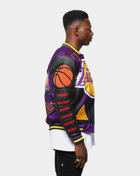 Men S Black Pyramid Los Angeles Lakers Logo Varsity Jacket Yellow Culture Kings Us