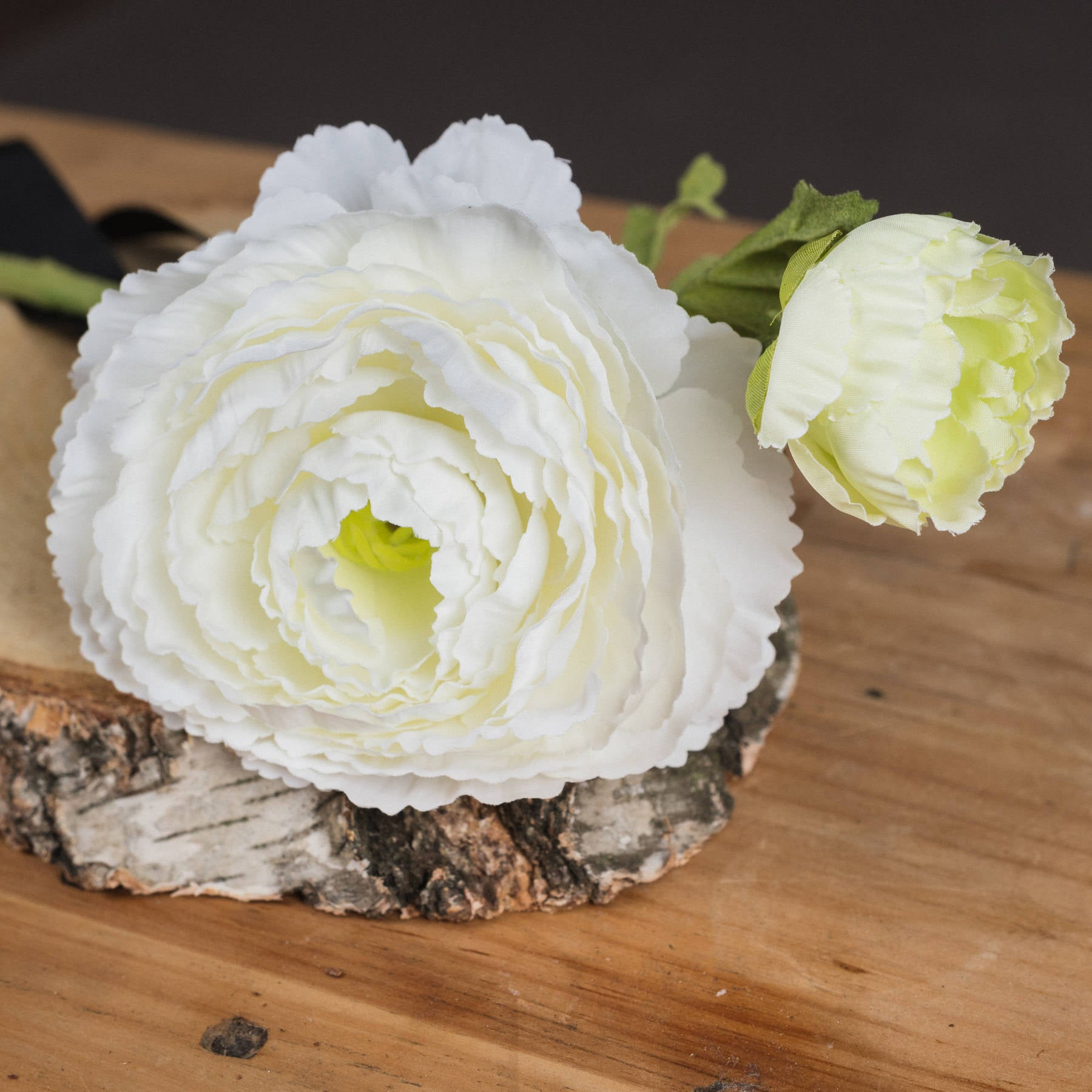 Ranunculus spray