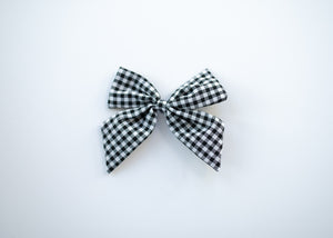 Linen/Swiss Dot Bows