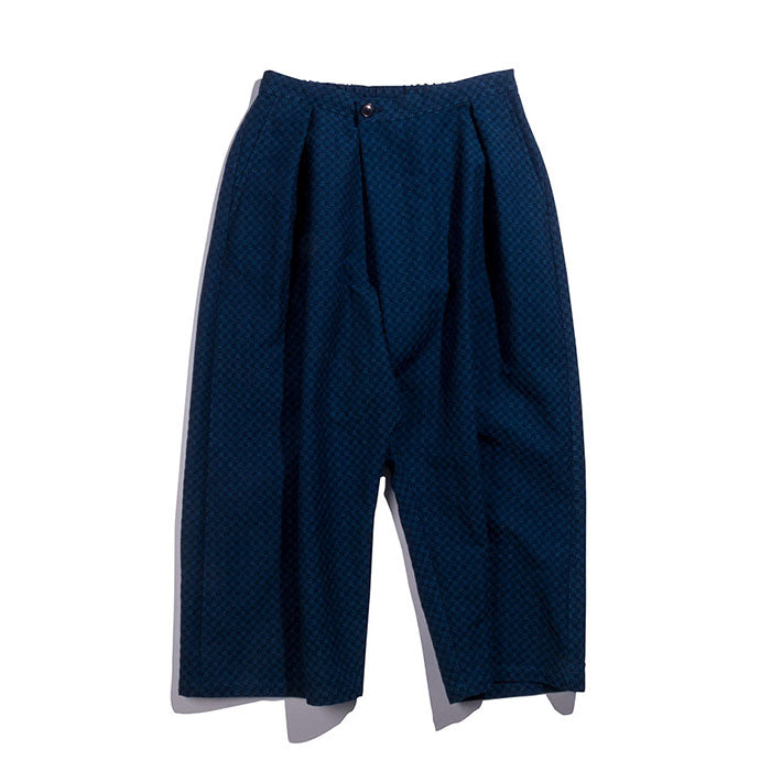 "Blue Blue Japan - INDIGO ""TORIASHI"" PATTERN DOBBY FULL WIDE PANTS"