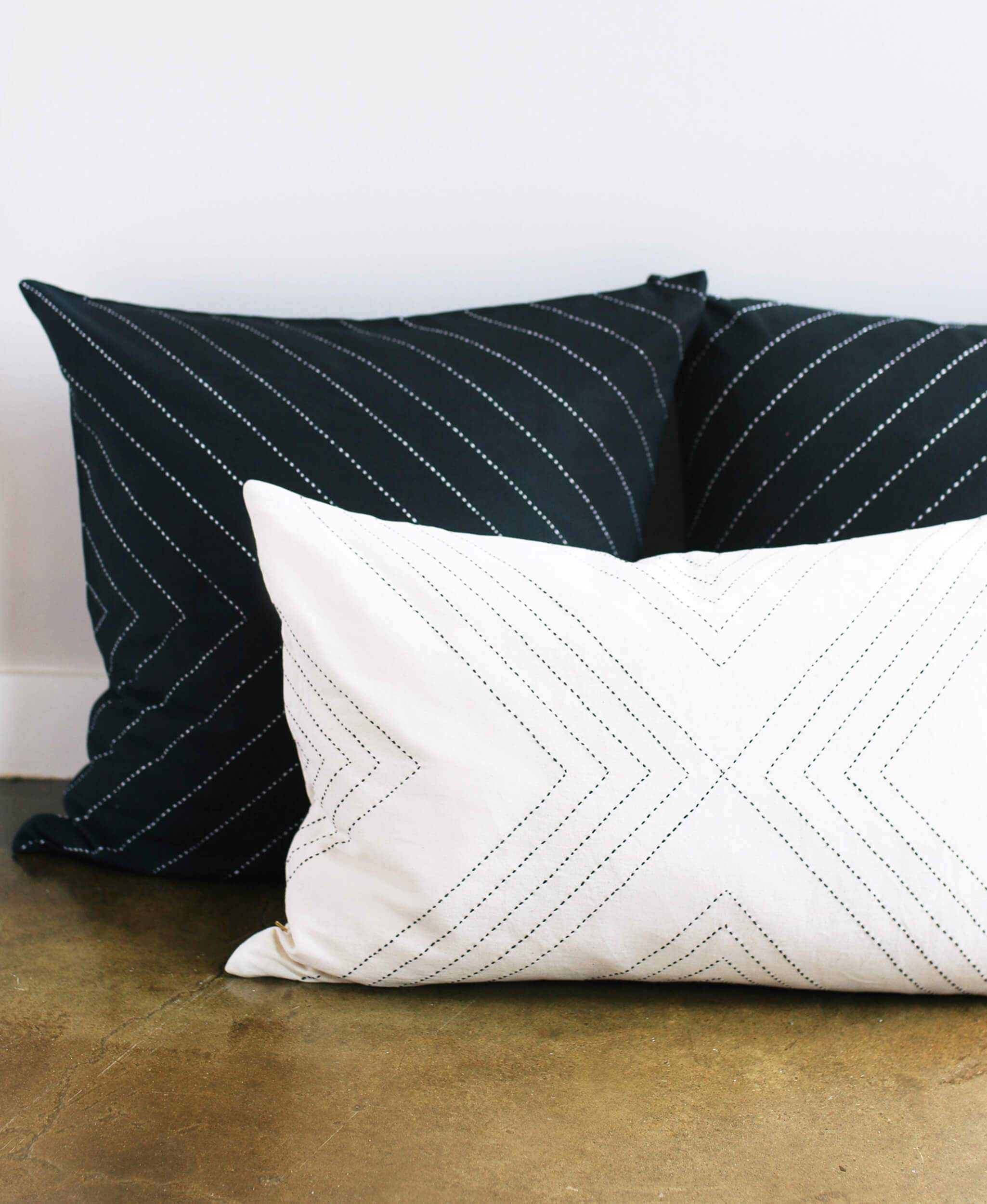 Bone Geometric Lumbar Pillow Cover
