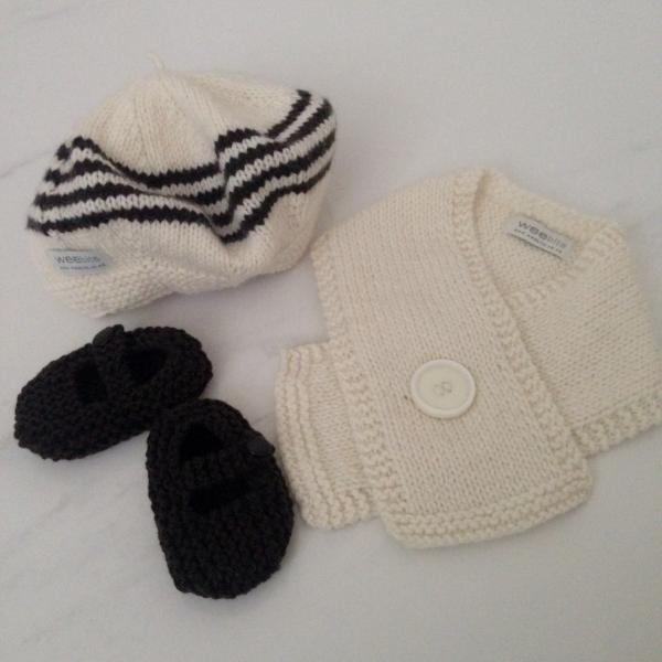 natural chocolate stripe beret, natural button scarf and chocolate MJ shoes gift set