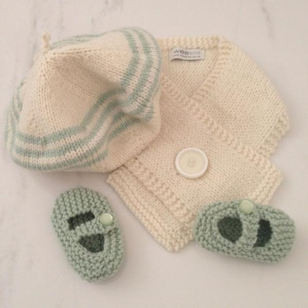 Knitted Baby Merino Beret Scarf Mary Jane Shoe Gift Set Mint