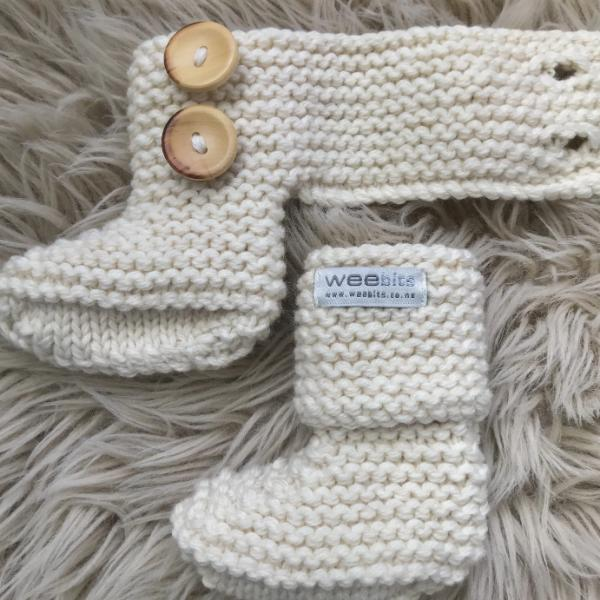 natural merino chunky knit baby boots
