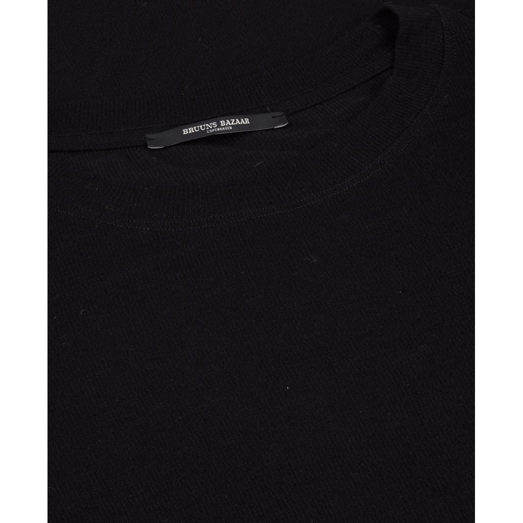 Angela LS T-shirt - Black