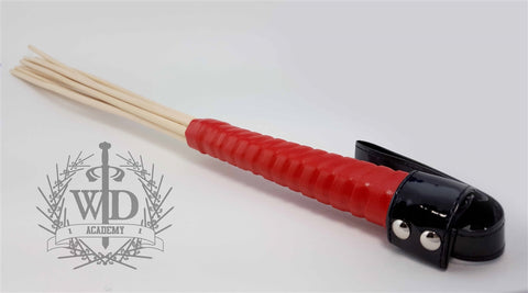 Multi-Reed Rattan Cane, Red Grip
