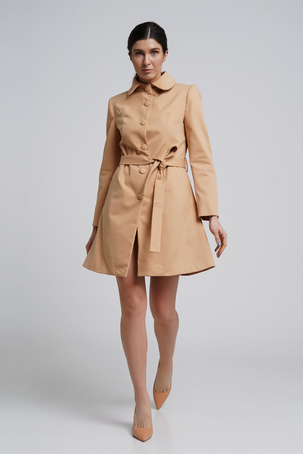 Camel single breasted trench coat