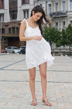 Load image into Gallery viewer, White loose ruffled sundress