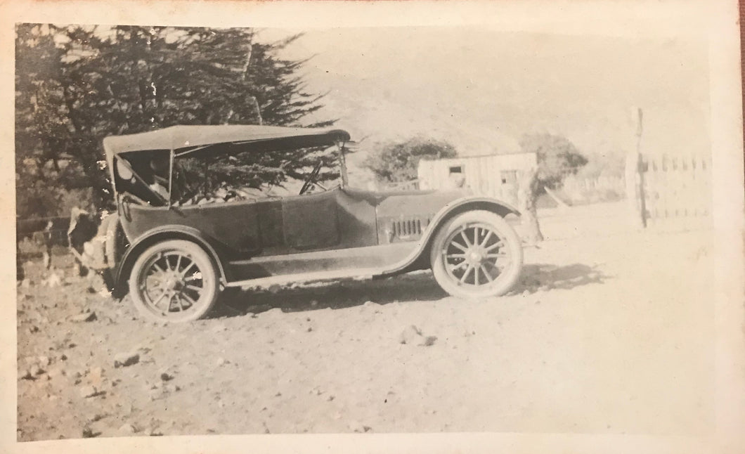 Vintage Photograph Of a Car On Hawaii