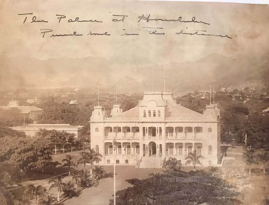 1880's Vintage Albumen Photograph Of The Palace At Honolulu