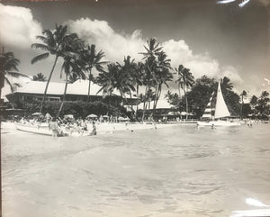 Vintage 1950's Photo Of The Halekulani Hotel & Catamarans At Waikiki Beach