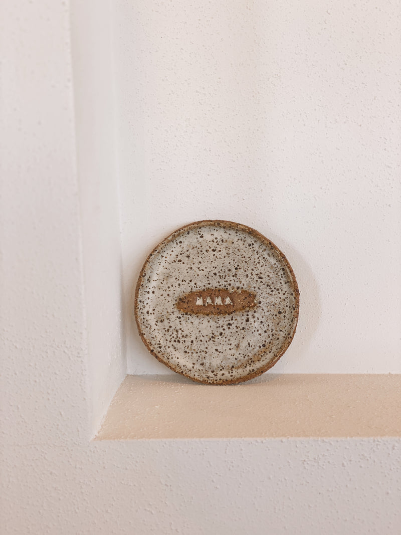 SHOP - CLAY COLLECTIVE - Ring Dish - Sea Salt/Brown