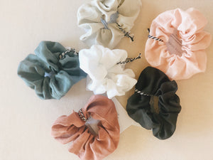 little fisher co - linen scrunchies - teal
