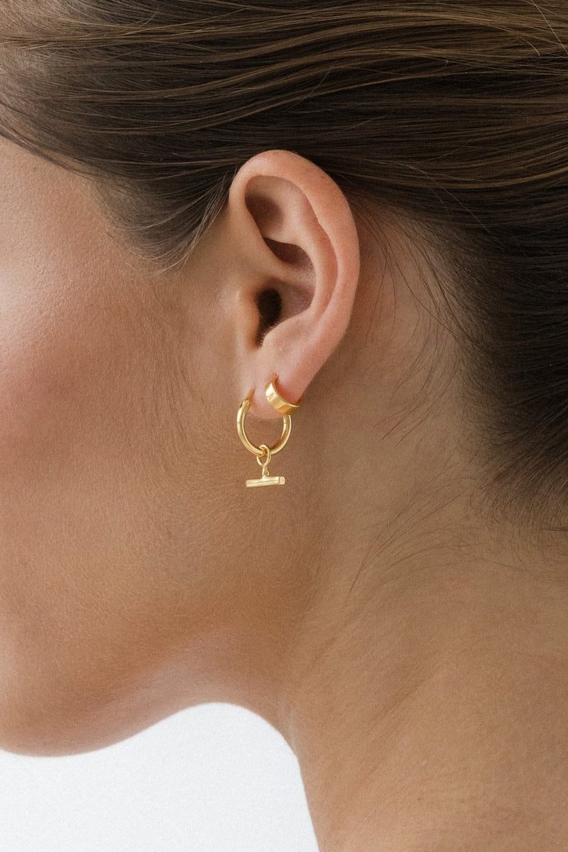 SHOP - FLASH - chloe sleeper hoops - gold