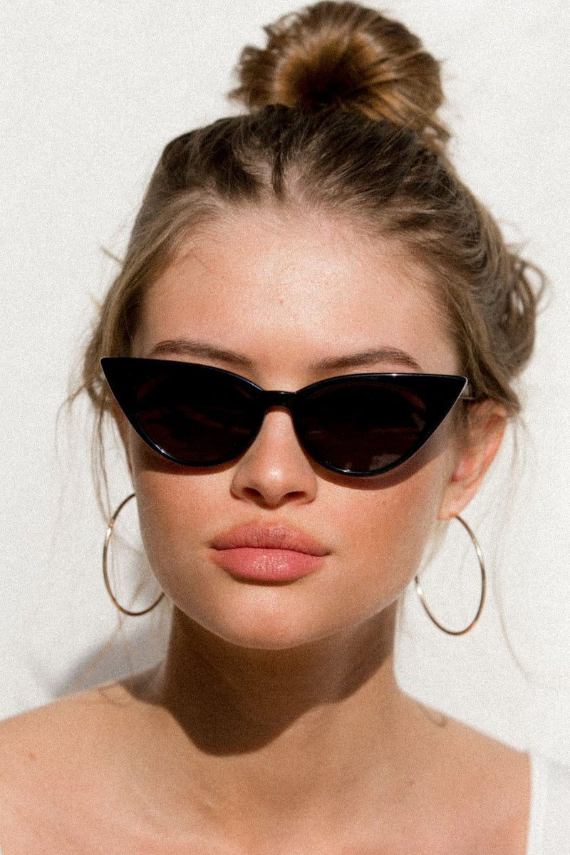 SHOP - Lu Goldie - Brigitte Sunglass - Black