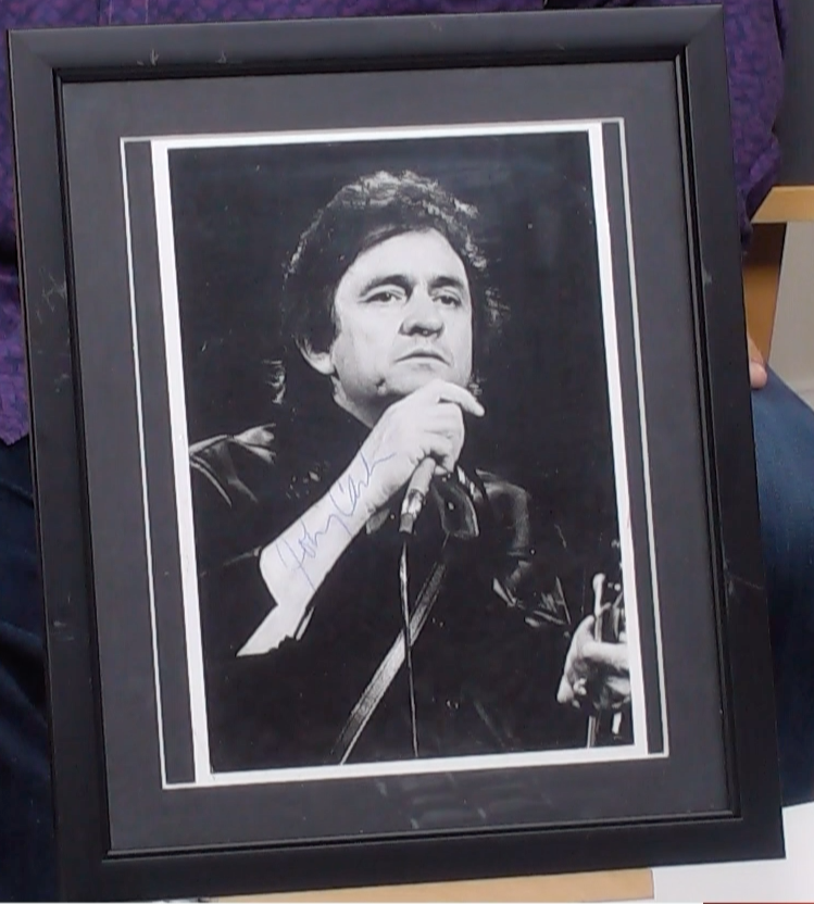 200293 - Johnny Cash Framed & Mounted Classic Photo Personally Signed - Treasure TV