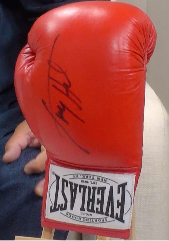 200152 - Tony Bellew Personally Signed Boxing Glove - Treasure TV