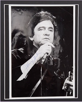 200462 - Johnny Cash Framed & Mounted Classic Photo Personally Signed - Treasure TV