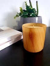 Sandalwood Wood Grain Scented Soy Wax Candle, Luxury Candle - Prince of Candles