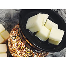 6 Cavity Japanese Honeysuckle Wax Melts - Prince of Candles