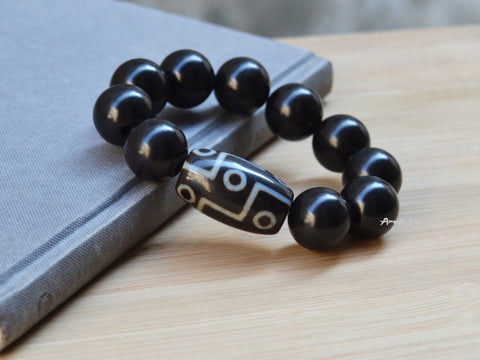 9 eyes big dzi bracelet