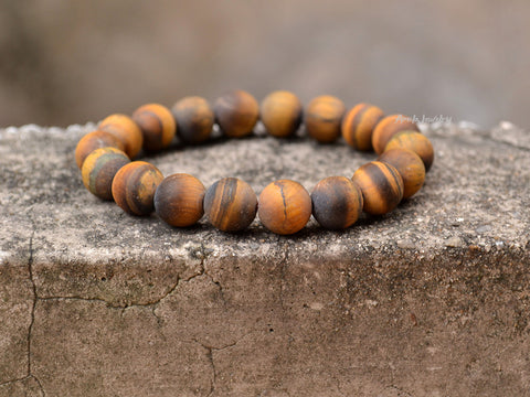 matte tiger eye beaded bracelet
