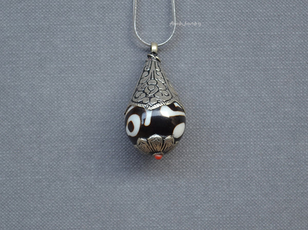 buddha eye pendant necklace