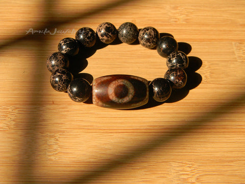 Three eyes dzi bead bracelet