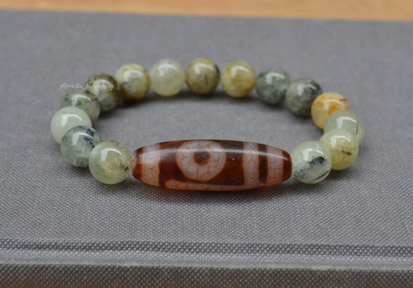One eye Dzi beaded bracelet