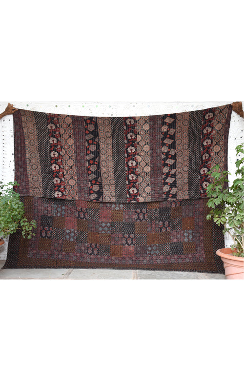 Okhai 'Amaya' Double Bed Quilt-22