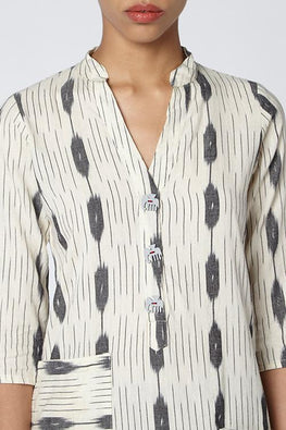 Okhai 'New Chance' Cotton Ikat Kurta