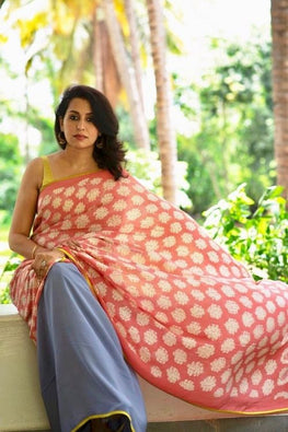 2up 2down Hand Embroidered Peach & Chalk Blue Crepe Silk Saree Online